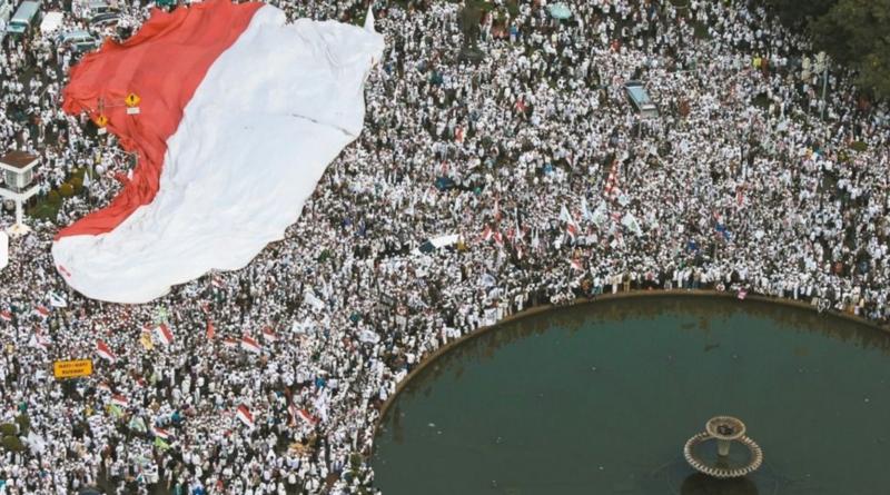 Veszélyben Indonézia mérsékelt iszlám modellje?